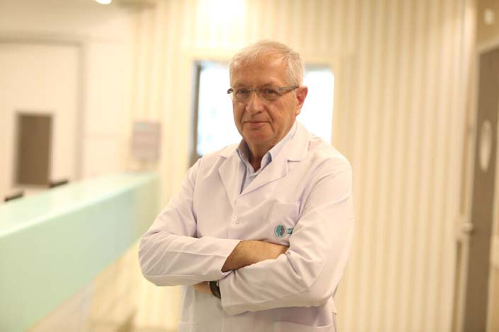 Ortopedi Doktoru Prof. Dr. Ahmet Fatih Parmaksızoğlu